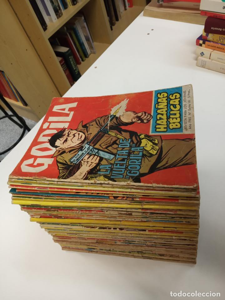 HAZAÑAS BELICAS EXTRA / GORILA LOTE CON 54 NUMEROS / TORAY 1965 (Tebeos y Comics - Toray - Hazañas Bélicas)