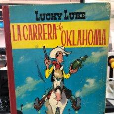 Tebeos: LUCKY LUKE LA CARRERA DE OKLAHOMA 1RA EDICIÓN 1964. Lote 277026953