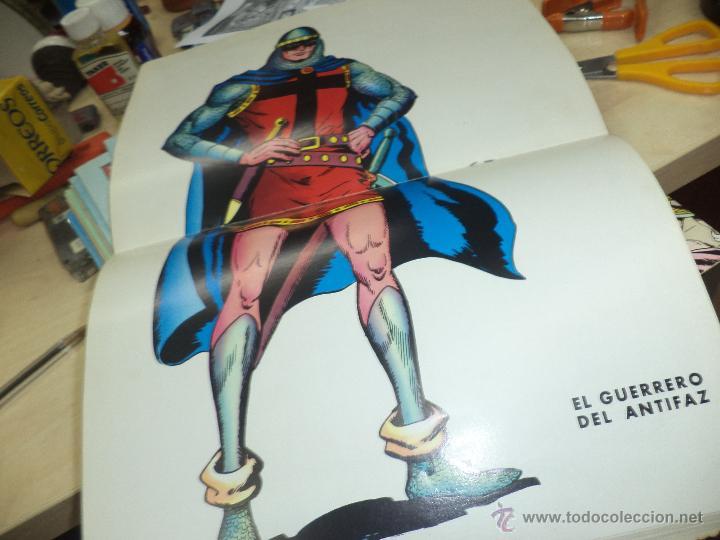 Tebeos: Lote Guerrero del Antifaz-16 números de 2 ptas y Almanaque 1973 con poster. - Foto 2 - 44743957