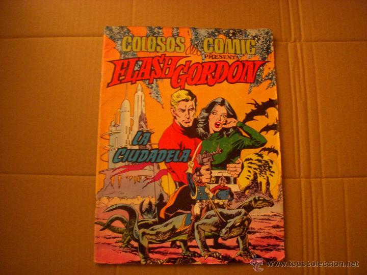 COLOSOS DEL COMIC Nº 3, CON FLASH GORDON, EDITORIAL VALENCINA (Tebeos y Comics - Valenciana - Colosos del Comic)