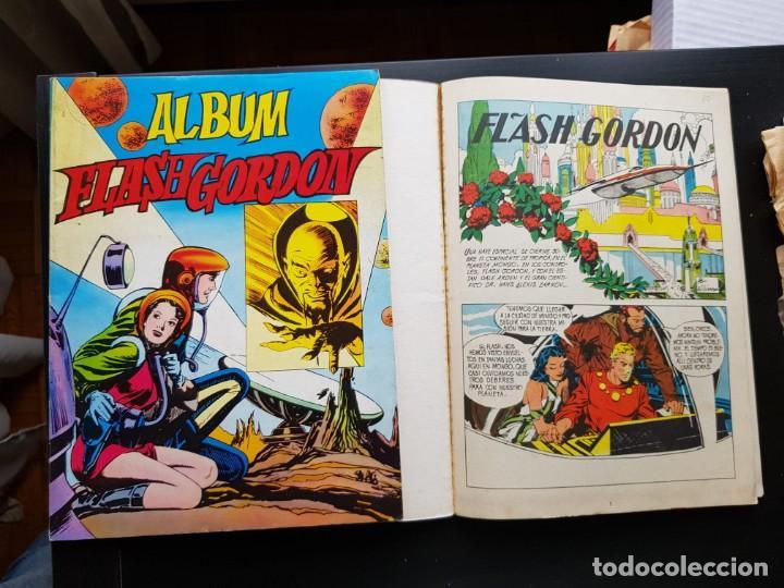 Tebeos: LOTE 2 TEBEOS / CÓMIC ÁLBUM FLASH GORDON 1-4 1980 ORIGINAL VALENCIANA - Foto 3 - 194225985