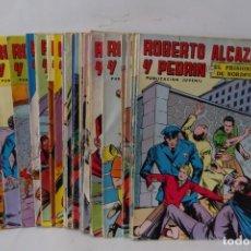 Tebeos: = COLECCION: ROBERTO ALCAZAR Y PEDRIN. 1976 - 1980. LOTE. DE 29 COMICS =. Lote 200115735