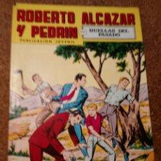 Tebeos: COMIC DE ROBERTO ALCAZAR Y PEDRIN EN HUELLAS DEL PASADO Nº 214. Lote 221582846