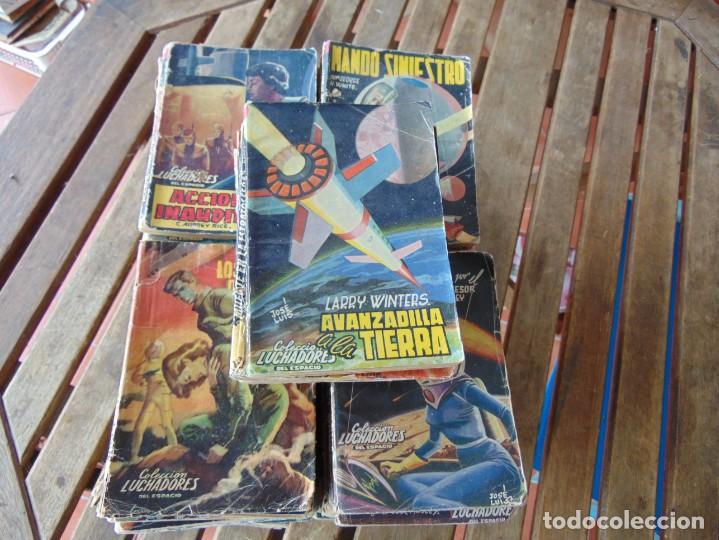 LOTE DE APROXIMADAMENTE 95 Nº DE LA COLECCIÓN LUCHADORES DEL ESPACIO USADOS (Tebeos y Comics - Valenciana - Selección Aventurera)