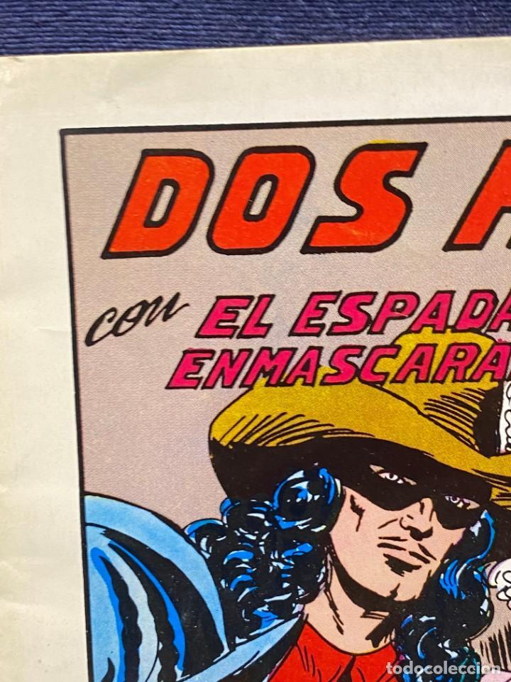 Tebeos: DOS HEROES CON EL ESPADACHIN ENMASCARADO N 53 2 ª ED 17,5X25CMS - Foto 2 - 222600880
