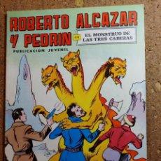 Livros de Banda Desenhada: COMIC DE ROBERTO ALCAZAR Y PEDRIN EN EL MONSTRUO DE LAS TRES CABEZAS Nº 42. Lote 260974800