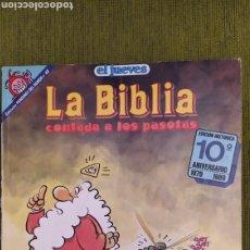 Tebeos: LA BIBLIA CONTADA A LOS PASOTAS. EL JUEVES COLECCIÓN PENDONES DEL HUMOR N°49. 10° ANIVERSARIO. Lote 197786835