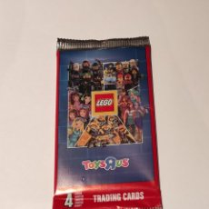 Trading Cards: SOBRE CERRADO LEGO TOYSRUS TRADING CARS 2017. Lote 214059010