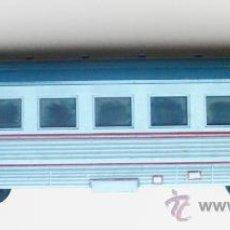 Trenes Escala: PAYA. INTERESANTE VAGON PASAJEROS. 0- AÑOS 70. 26,6 X 6 CMS. TOPES CON MUELLE- VELL I BELL. Lote 38254954