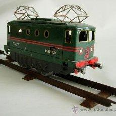 Trenes Escala: MAQUINA DE TREN ESCALA 0. Lote 34131869