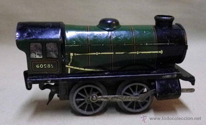 Trenes Escala: ANTIGUO TREN DE HOJALATA, REF. 60985, FABRICADO POR HORNBY, MECCANO, INGLATERRA, A CUERDA - Foto 3 - 40524672