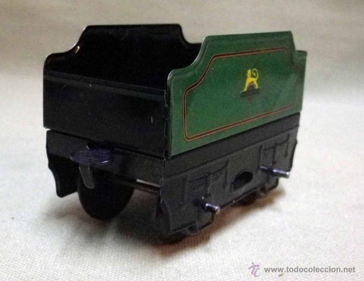 Trenes Escala: ANTIGUO TREN DE HOJALATA, REF. 60985, FABRICADO POR HORNBY, MECCANO, INGLATERRA, A CUERDA - Foto 11 - 40524672