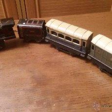 Trenes Escala: -*-ANTIGUO HOJALATA TREN,LOCOMOTORA ESCALA O 55 CM LONG. MOTOR CUERDA CASA JEP AÑOS 20 P.V.P.435 EU. Lote 54805546