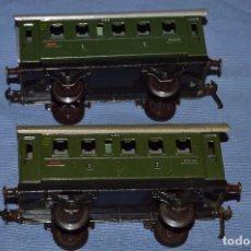 Trenes Escala: ESCALA 0 - FLEISCHMANN 400 - LOTE 2 VAGONES HOJALATA AÑOS 40/50 - MADE IN U.S. ZONE GERMANY . Lote 66918282