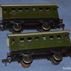 Trenes Escala: ESCALA 0 - FLEISCHMANN 402 - LOTE 2 VAGONES HOJALATA AÑOS 40/50 - MADE IN U.S. ZONE GERMANY . Lote 66919354