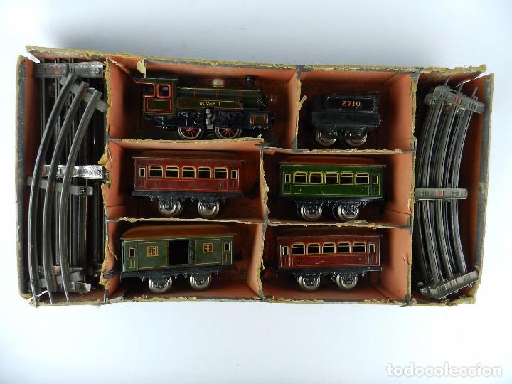 Trenes Escala: TREN BING ESCALA O, MADE IN GERMANY, REALIZADO EN HOJALATA LITOGRAFIADA, MUY COMPLETO CON SUS VAGONE - Foto 4 - 80829795