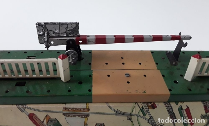 Trenes Escala: LOTE DE 4 PIEZAS CONSTRUCCIÓN. HOJALATA. ESCALA 0. PAYA. ESPAÑA. CIRCA 1950. - Foto 7 - 90333052
