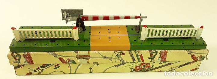 Trenes Escala: LOTE DE 4 PIEZAS CONSTRUCCIÓN. HOJALATA. ESCALA 0. PAYA. ESPAÑA. CIRCA 1950. - Foto 16 - 90333052