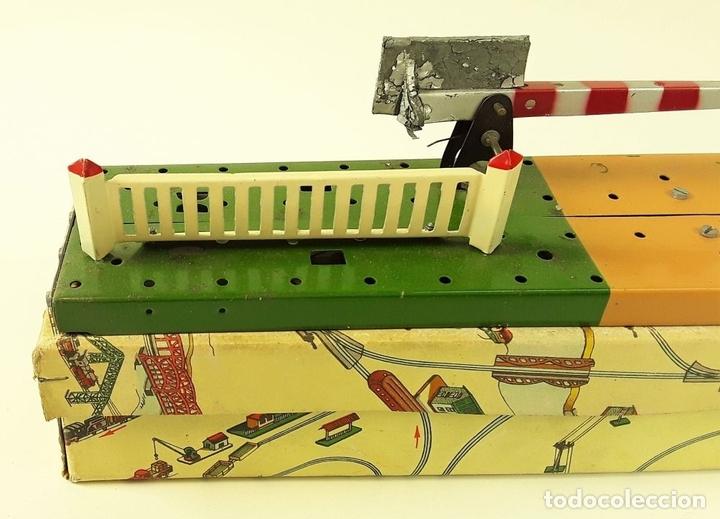 Trenes Escala: LOTE DE 4 PIEZAS CONSTRUCCIÓN. HOJALATA. ESCALA 0. PAYA. ESPAÑA. CIRCA 1950. - Foto 17 - 90333052
