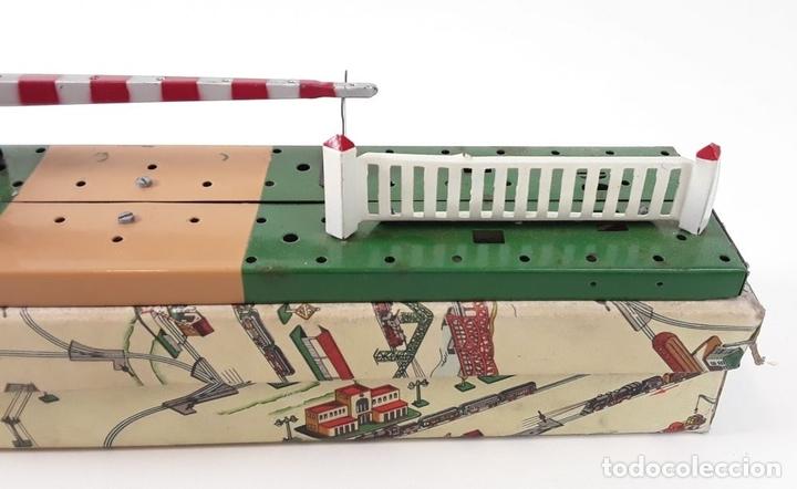 Trenes Escala: LOTE DE 4 PIEZAS CONSTRUCCIÓN. HOJALATA. ESCALA 0. PAYA. ESPAÑA. CIRCA 1950. - Foto 19 - 90333052