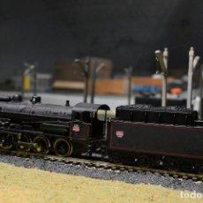 Trenes Escala: LOCOMOTORA VAPOR ESCALA H0 JOUEF. Lote 106091575