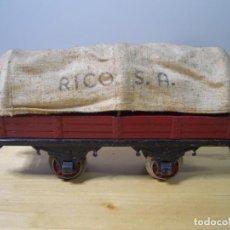 Trenes Escala: VAGON DE TREN CON TOLDO RICO . Lote 157839434