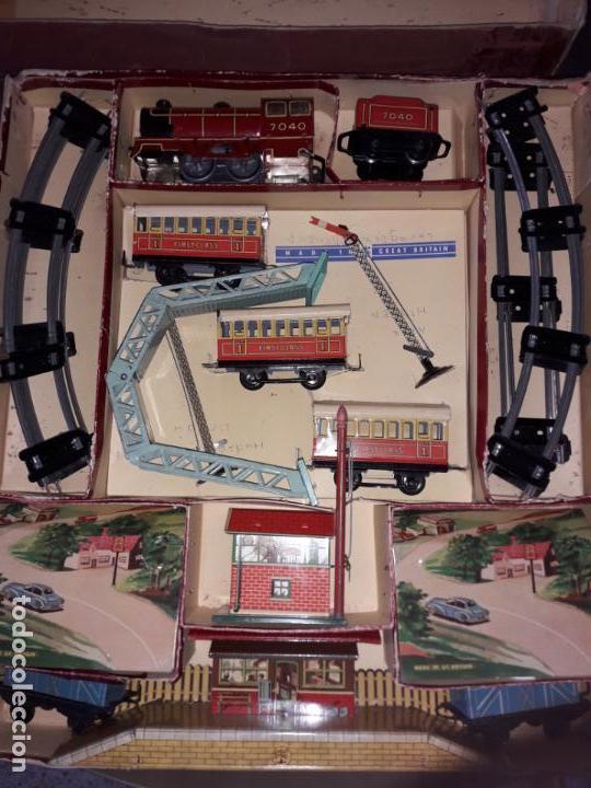 Trenes Escala: TREN BRIMTOY MADE IN ENGLAND 1930, TREN ANTIGUO, TREN A CUERDA,JUGUETE ANTIGUO - Foto 12 - 158913982