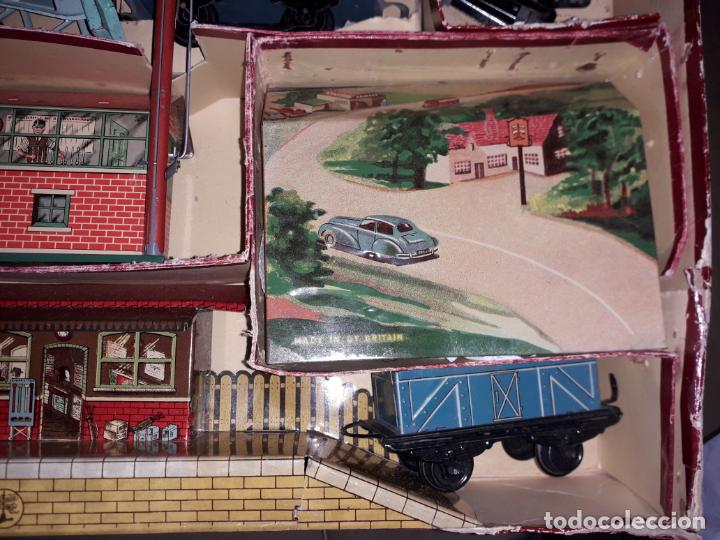 Trenes Escala: TREN BRIMTOY MADE IN ENGLAND 1930, TREN ANTIGUO, TREN A CUERDA,JUGUETE ANTIGUO - Foto 18 - 158913982