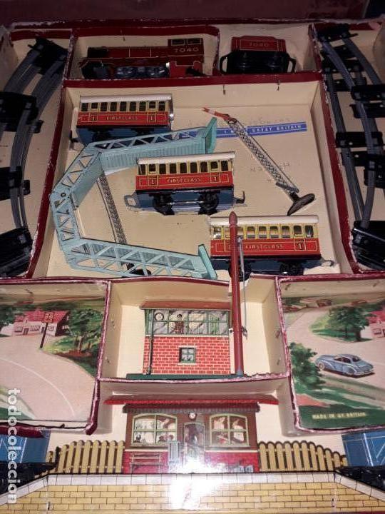 Trenes Escala: TREN BRIMTOY MADE IN ENGLAND 1930, TREN ANTIGUO, TREN A CUERDA,JUGUETE ANTIGUO - Foto 21 - 158913982