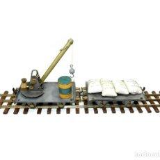 Trenes Escala: COMPOSICIÓN VAGÓN GRÚA Y BORDES BAJOS CON CARGA. TREN JOSFEL ESCALA 0.. Lote 173188517