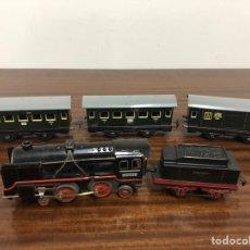 Trenes Escala: TREN DISTLER LOCOMOTORA 40281 TENDER Y VAGONES. Lote 175011832