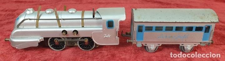 Trenes Escala: TREN ELECTRICO JOSFEL. LOCOMOTORA Y 5 VAGONES. HOJALATA. ESCALA O. CIRCA 1950. - Foto 9 - 175562377