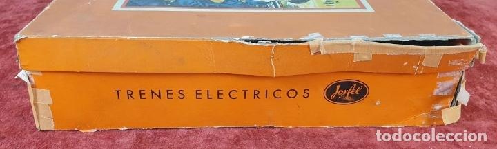 Trenes Escala: TREN ELECTRICO JOSFEL. LOCOMOTORA Y 5 VAGONES. HOJALATA. ESCALA O. CIRCA 1950. - Foto 14 - 175562377