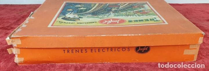 Trenes Escala: TREN ELECTRICO JOSFEL. LOCOMOTORA Y 5 VAGONES. HOJALATA. ESCALA O. CIRCA 1950. - Foto 16 - 175562377