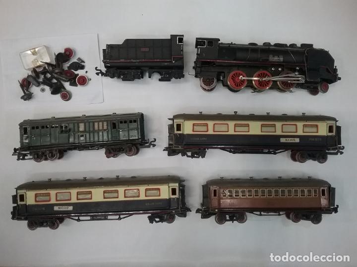 LOTE TREN PAYÁ ESCALA 0 SANTA FE LOCOMOTORA Y VAGONES (Juguetes - Trenes Escala 0)