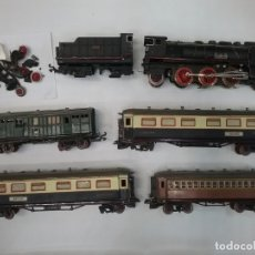 Trenes Escala: LOTE TREN PAYÁ ESCALA 0 SANTA FE LOCOMOTORA Y VAGONES. Lote 179239606