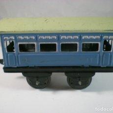 Trenes Escala: VAGÓN TREN PASAJEROS HOJALATA AÑOS 60-70. Lote 180118336