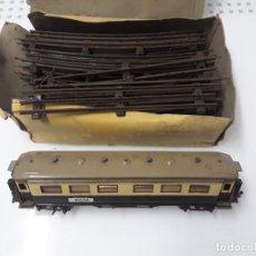 Trenes Escala: VAGON LARGO PASAJEROS PAYA + VIAS. Lote 187509113