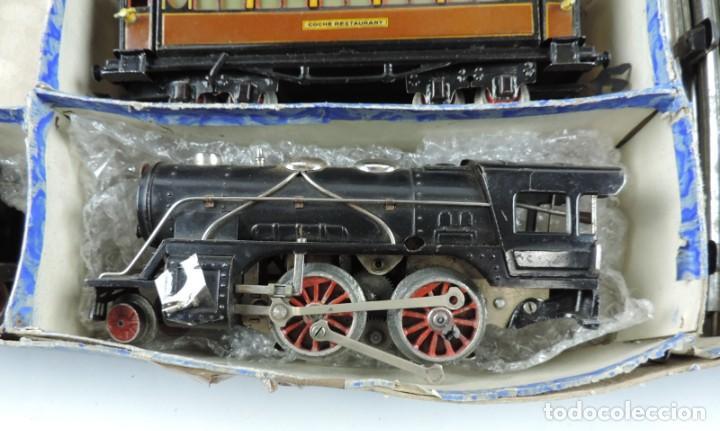 Trenes Escala: CAJA COMPLETA CON TREN ELECTRICO DE PAYA, LOCOMOTORA REF. 987 ESCALA 0, CON TRES VAGONES DE PASAJERO - Foto 4 - 187588446