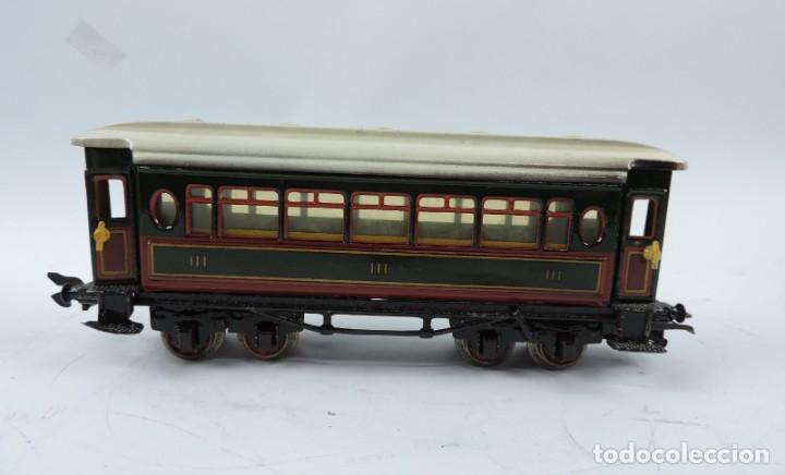 Trenes Escala: CAJA COMPLETA CON TREN ELECTRICO DE PAYA, LOCOMOTORA REF. 987 ESCALA 0, CON TRES VAGONES DE PASAJERO - Foto 7 - 187588446