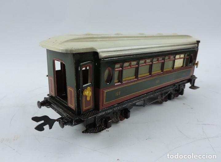 Trenes Escala: CAJA COMPLETA CON TREN ELECTRICO DE PAYA, LOCOMOTORA REF. 987 ESCALA 0, CON TRES VAGONES DE PASAJERO - Foto 8 - 187588446