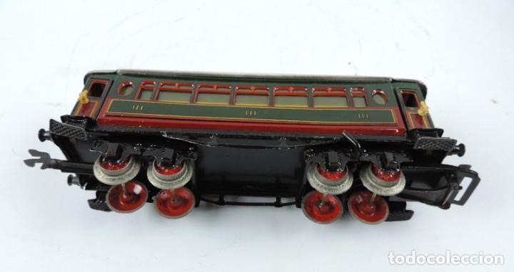 Trenes Escala: CAJA COMPLETA CON TREN ELECTRICO DE PAYA, LOCOMOTORA REF. 987 ESCALA 0, CON TRES VAGONES DE PASAJERO - Foto 9 - 187588446