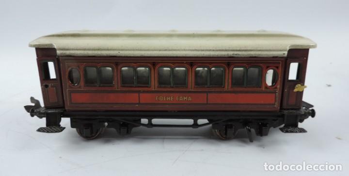 Trenes Escala: CAJA COMPLETA CON TREN ELECTRICO DE PAYA, LOCOMOTORA REF. 987 ESCALA 0, CON TRES VAGONES DE PASAJERO - Foto 10 - 187588446
