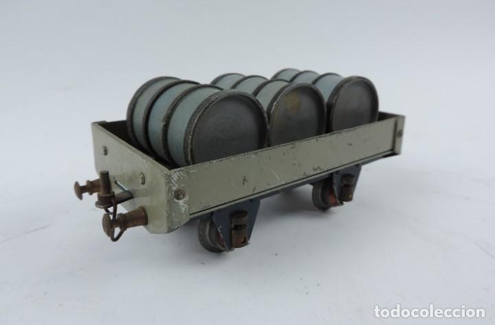 Trenes Escala: Vagón mercancías Josfel plataforma con tres bidones Escala 0 años 40. Con suspensión en topes y bogg - Foto 5 - 187958592