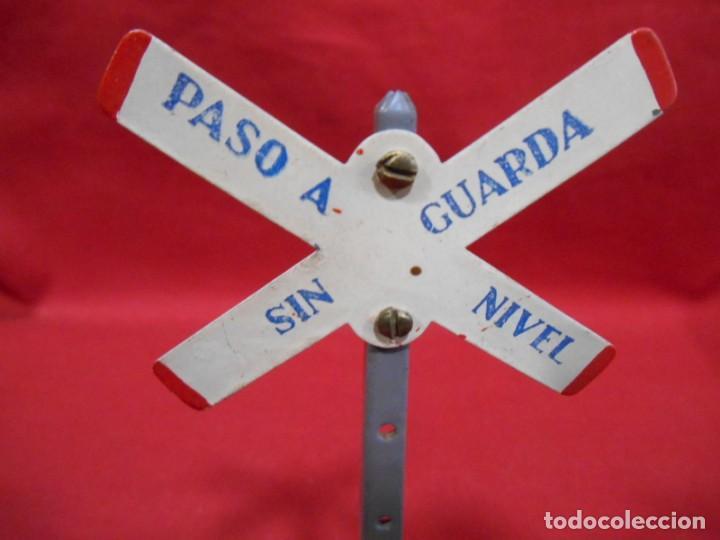 Trenes Escala: ANTIGUA SEÑAL -PASO A NIVEL SIN GUARDA - DE PAYA - AÑOS 40/50 - - Foto 3 - 190874167