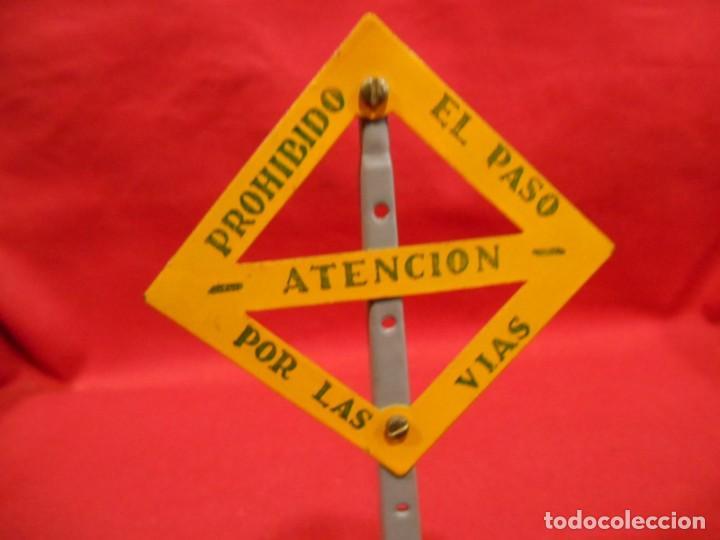 Trenes Escala: ANTIGUA SEÑAL - ATENCION PROHIBIDO EL PASO POR LAS VIAS - DE PAYA - AÑOS 40/50 - - Foto 3 - 190874431