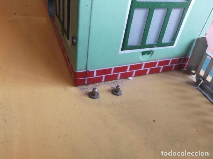 Trenes Escala: ESTACION HOJALATA PAYA, REF. 1261,TREN TRENES 0 CON LUZ ELECTRICA BASE DE MADERA AÑOS 50 - Foto 9 - 192557281