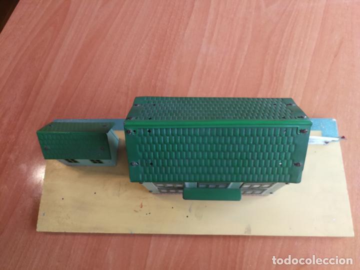 Trenes Escala: ESTACION HOJALATA PAYA, REF. 1261,TREN TRENES 0 CON LUZ ELECTRICA BASE DE MADERA AÑOS 50 - Foto 12 - 192557281