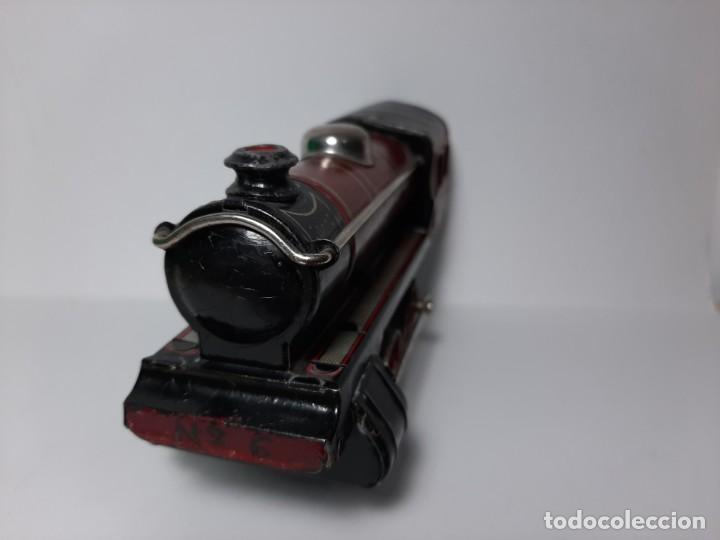 Trenes Escala: PAYA, MAQUINA 896 ROJA, A CUERDA, EL MOTOR FUNCIONA - Foto 6 - 194590297