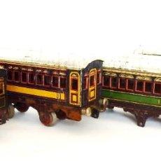 Trenes Escala: LOTE DE 4 VAGONES DE TREN PAYÁ. VAGÓN HOJALATA. ESCALA 0. AÑOS 40 - 50. Lote 196100952